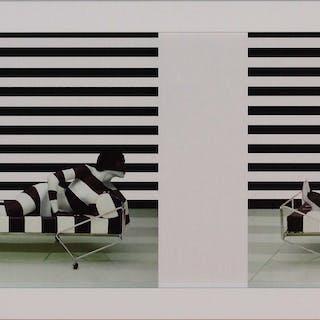 Vanessa BEECROFT, Manipulation des médias, 2006, Face avant multiple