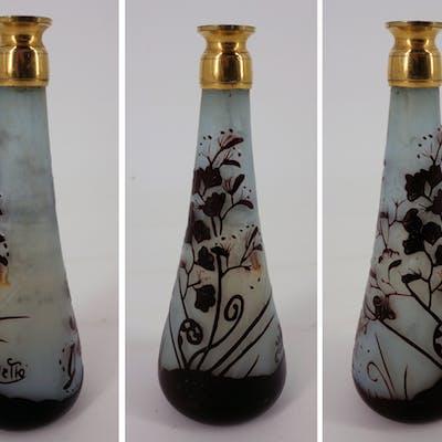 Émile GALLE - Vase en pate de verre à décor de fougères, signé, 14cm - Nancy