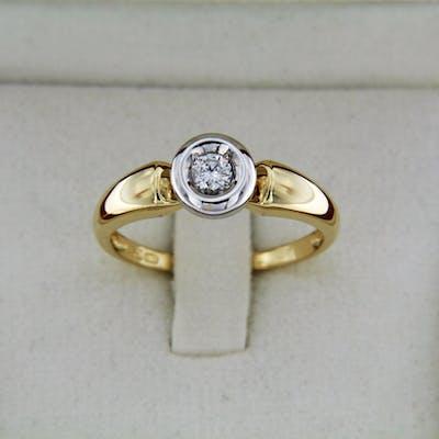 Bague OR 18 carats et Diamant