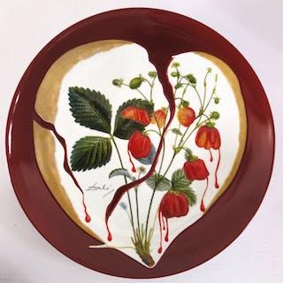 DALI Salvador : Coeur de fraises - Plat en Porcelaine original signé