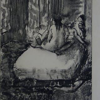 Edgar DEGAS : Dans l'intimité de la chambre à coucher - Gravure originale, 1935