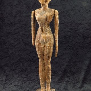 Ancient Egyptian wooden statue of a women