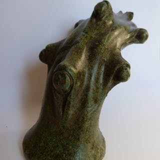 Epoque romaine- Important pied de meuble en forme de branche,  IIe-IIIe siècle