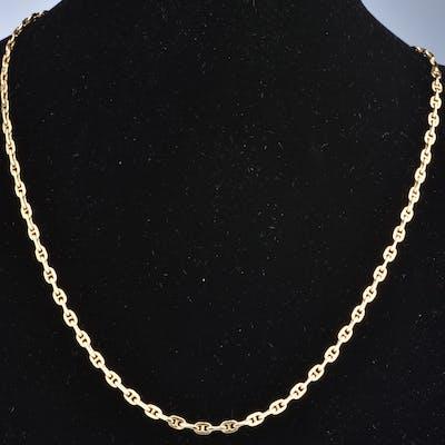 Beau collier en or jaune 18 carats (750 millièmes). Chaine en maille