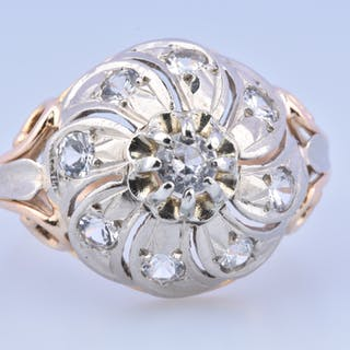 Bague sublime  style Art Déco en or bicolore 18 carat (750 millième)