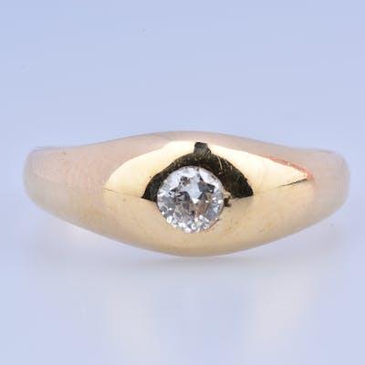 Bague en or jaune 18 carats (750 millièmes), diamant solitaire taille