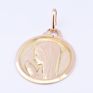 Beau pendentif Vierge Marie en or jaune 18 carats (750 millièmes)