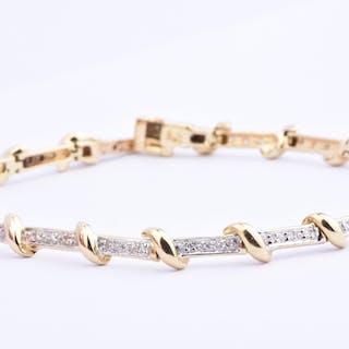 Bracelet diamants en or bicolore 18 carats (750/1000) orné de 54 diamants