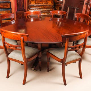 """Vintage 6ft 6"""" Round Table & 8 Chairs William Tillman 20th Century"""