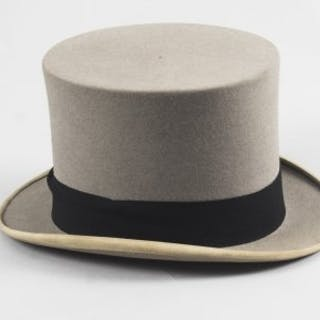6f84bc1886d Top hat – Auction – All auctions on Barnebys.com