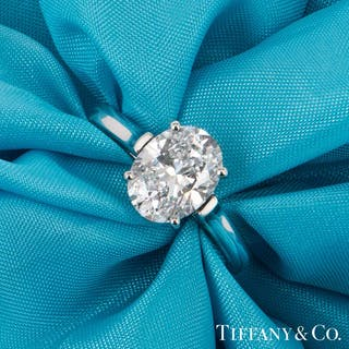 Tiffany & Co. Platinum Oval Diamond Ring 2.06ct D/VVS2