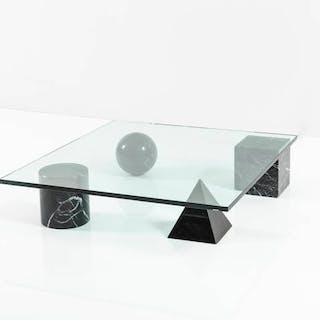 Basi geometriche in marmo nero Marquinia piano in vetro trasparente