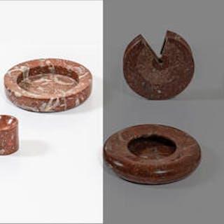Set di oggetti da scrivania in marmo tornito