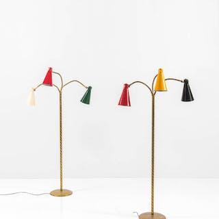 Coppia di lampade da terra in ottone