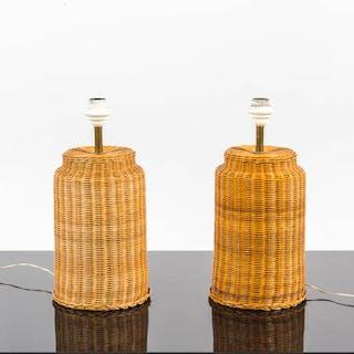 Coppia di lampade da tavolo in canna d'india intrecciata