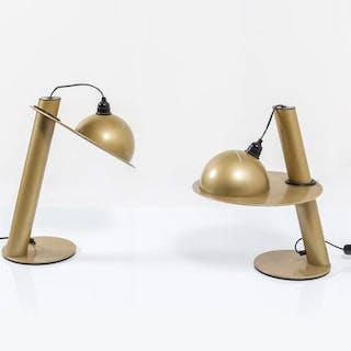Coppia di lampade da tavolo in metallo verniciato...