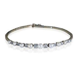 Diamant-Armband mit Platinfassungen für Altschliffdiamanten, Gold und Perlchen