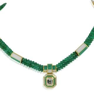 Diamanten im Smaragdschliff ca 2,25 ct mit Smaragdkugelkette + Goldenen