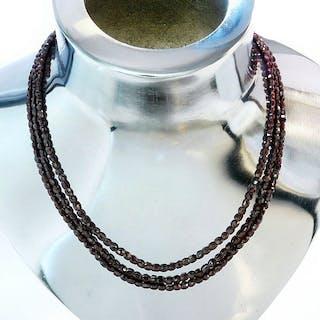 echter Granat,3-reihige Granatkette, Verschluß 925 Silber vergoldet
