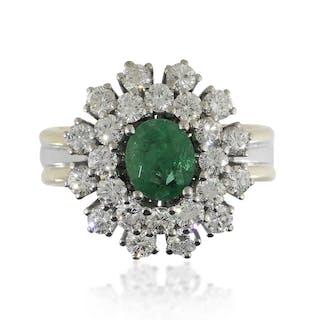 Smaragd Diamant-Ring in Gelbold und Weissgold mit 1,43ct Diamanten