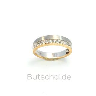 Brillantring mit drei großen Diamanten im Brillantschliff ings. 2,18ct
