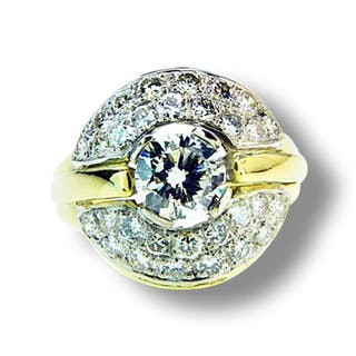 Brillantring 1,671 ct mit Brillant 0,742 ct si/TCr und 30 Diamanten