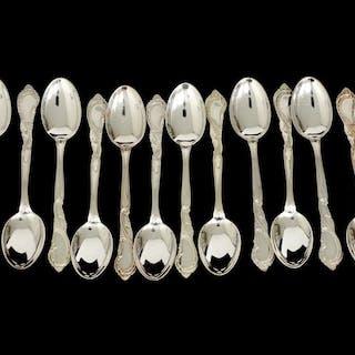 Moccaskedar i silver 830