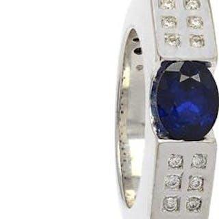 Ring med safir och diamanter vitguld