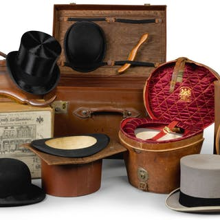 A COLLECTION OF GENTLEMEN'S HATS AND ASSOCIATED CASES, EARLY 20TH CENTURY |
