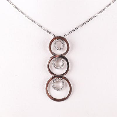 """Pendentif """"Cercles"""" et sa chaîne maille forçat diamantée..."""
