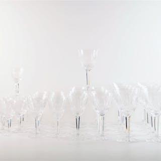 Service de verres en cristal de Lorraine transparent...