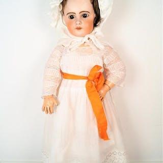 SFBJ : Grande poupée de type JUMEAU