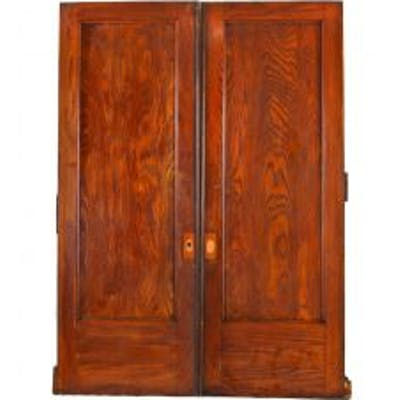 single original and well-maintained early 20th century oversized varnished