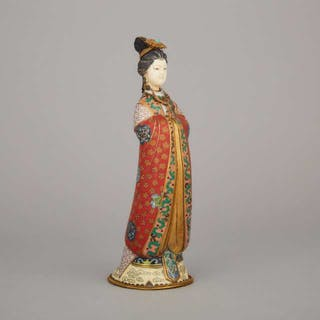 A Chinese Cloisonné Figure of a Lady, Mid-20th Century - 二十世紀中期 景泰藍仕女立像
