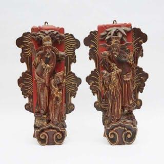 "A Pair of Carved Wood Panels Depicting 'Fu Lu Shou' - 木雕""福祿壽""掛件一對"