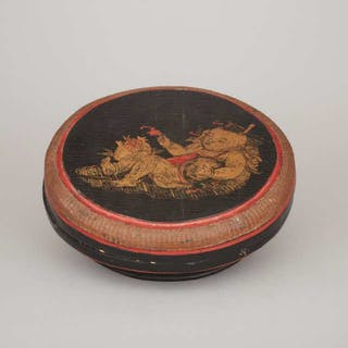 A Circular Lacquer Box, 19th Century - 十九世紀 漆器童子圓蓋盒