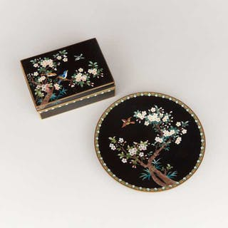 A Black Ground Cloisonné Box and Plate, Inaba Mark, Early 20th Century