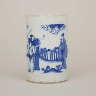 A Small Blue and White Figural Brushpot - 青花人物故事紋筆筒