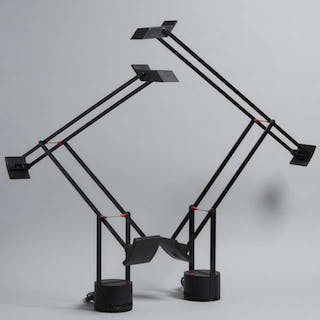 Pair of 'Tizio' Desk Lamps by Richard Sapper for Artemide, Italy, c.1984 -