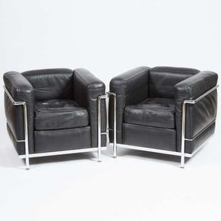 Pair of Le Corbusier LC2 'Poltrona' Arm Chairs by Cassina, Italy, c.1984 -