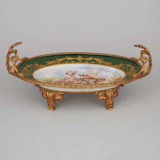 Ormolu Mounted 'Sèvres' Oval Centrepiece, early 20th century -