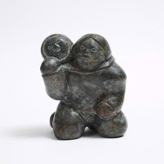 MATHEW AQIGAAQ (1940-2010), Baker Lake / Qamani'tuaq - MOTHER AND CHILD