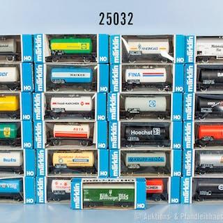 Konv. 25 Märklin H0 Güterwagen mit versch. Werbeaufdrucken, dabei